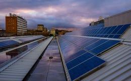 Panel Słoneczny Na dachu Zdjęcia Royalty Free