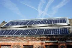 paneler roof sol- Arkivbild