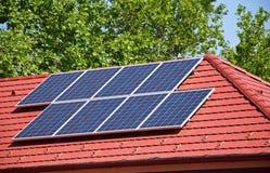 paneler roof sol- Royaltyfri Bild