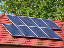 paneler roof sol- Royaltyfri Fotografi