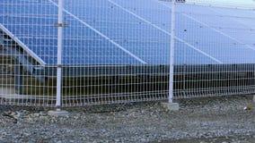 paneler row sol- arkivfilmer