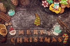 Panes de jengibre por Años Nuevos y la Navidad Fotos de archivo