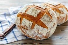 Panes del pan de pan amargo hecho en casa fresco Fotografía de archivo