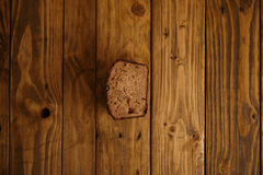 Panes mezclados hechos en casa presentados para la venta Fotografía de archivo libre de regalías