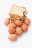 Panes y huevos Fotos de archivo libres de regalías