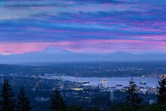 Panettiere e Vancouver del supporto BC a Dawn Sunrise Canada Fotografia Stock Libera da Diritti