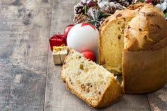 Panettone κέικ Χριστουγέννων Στοκ Φωτογραφίες