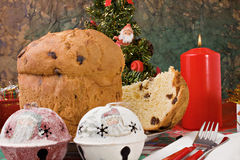 Panettone - bolo italiano do xmas imagem de stock