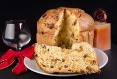 Panettone delizioso, dolce di Natale. Fotografie Stock Libere da Diritti