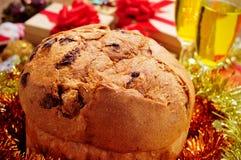 Panettone em uma tabela do Natal Imagens de Stock