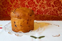 Panettone italien de gâteau de fruits secs de Noël Images libres de droits