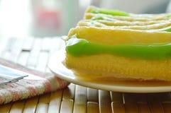 Panez préparer la sauce à crème anglaise de beurre et de pandanus du plat Images stock