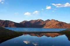 Pangong湖在拉达克,北部印度 免版税图库摄影