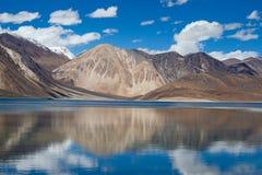 Pangong湖,拉达克,印度 免版税库存照片