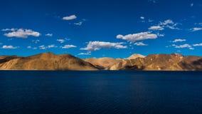 Pangong湖, leh ladakh印度 库存照片