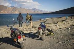 Pangong sjö Ladakh, Indien Arkivfoton