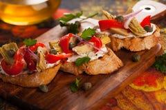 Pani tostati del carciofo immagini stock libere da diritti