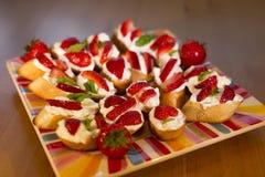 Pani tostati della fragola Immagini Stock
