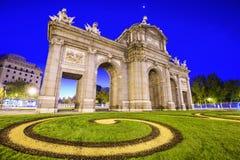 panie alcala de bramy Madryt historyczny zlokalizować puerta Hiszpanii Obraz Stock