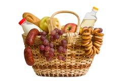 Panier avec la nourriture Photo stock