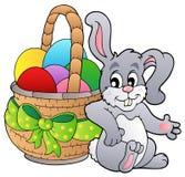 Panier avec les oeufs et le lapin de pâques Images libres de droits