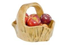 Panier complètement des pommes Photos stock