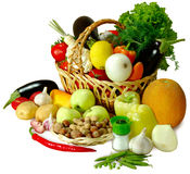Panier d'isolat de légumes photos stock