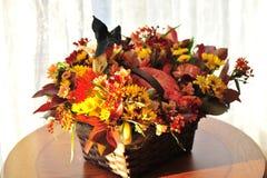 Panier de fleur de Halloween Images libres de droits