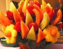 Panier de fruit de Colorul photographie stock libre de droits