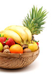 Panier de fruits Photographie stock