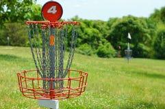 Panier de golf de disque Photo libre de droits