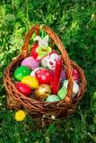 Panier de Pâques décoré Image libre de droits