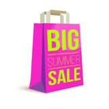 Panier de papier de couleur avec le texte d'annonce Grande vente d'été et soleil de photo sur le sac pour l'achat illustration 3D Images stock