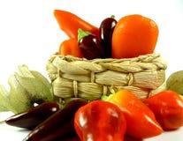 Panier de paprika et de piments Photos libres de droits