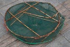 Panier de poissons images libres de droits