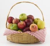 Panier de pommes Images stock