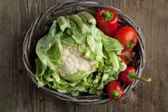 Panier des légumes Images stock
