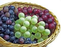 Panier des raisins Images stock