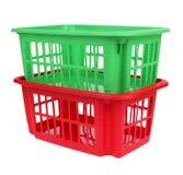 Panier en plastique rouge et vert vide d'isolement Photos stock
