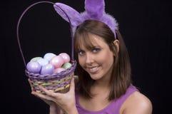Panier et lapin de Pâques Images libres de droits