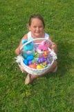 Panier et lapins de Pâques Images libres de droits