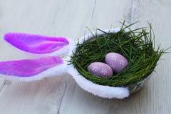 Panier pourpré de Pâques Photo libre de droits