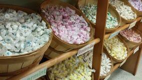 Paniers de bonbon au caramel Images stock