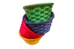 Paniers en osier colorés à l'intérieur de l'un l'autre d'en haut Photographie stock libre de droits