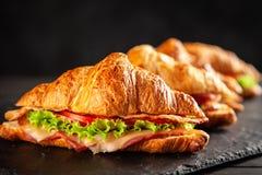Panini classici del croissant di BLT fotografie stock libere da diritti