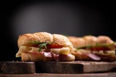 Panini classici del croissant fotografia stock