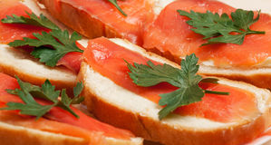 Panini con i salmoni affumicati Fotografia Stock Libera da Diritti