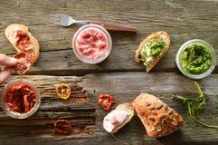 Panini del formaggio cremoso in vari sapori Fotografia Stock