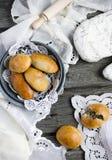 Panini del lievito con carne Fotografie Stock Libere da Diritti