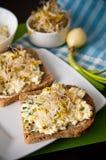 Panini di Homemafe con le uova insalata e germogli Immagine Stock Libera da Diritti